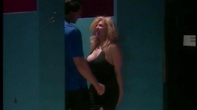 الإباحية بدون تسجيل  أنا الاستمناء افلام اجنبية رومانسية سكسية الديك في الحليب و تعطيه في الحمار