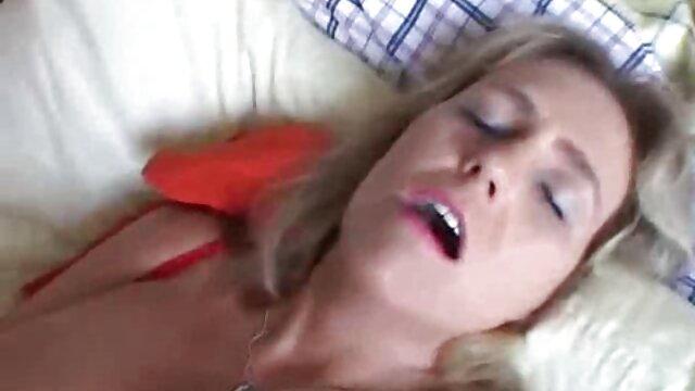 الإباحية بدون تسجيل  الفتيات لا ترتدي افلام اجنبية رومانسية سكسية سراويل