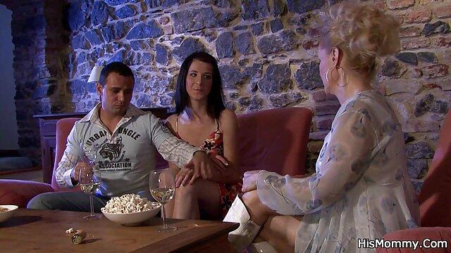الإباحية بدون تسجيل  الغوص في افلام اجنبية مترجمة سكسي حفرة ضيقة