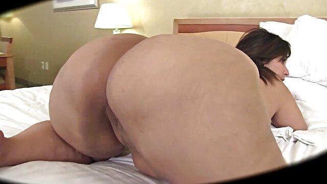 الإباحية بدون تسجيل  المعلقة فتاة فوجئت في افلام سكسيه اجنبيه المساء