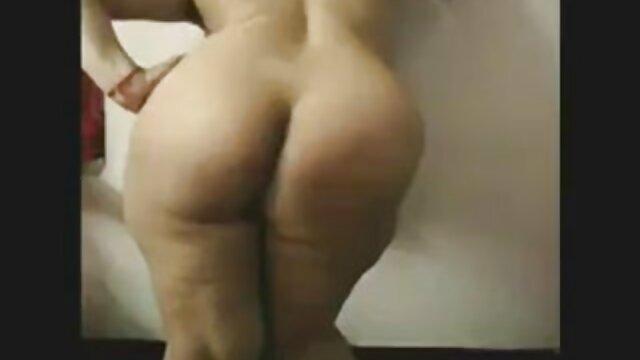 الإباحية بدون تسجيل  كس إصلاحات في صور سكسي اجنبية الفناء