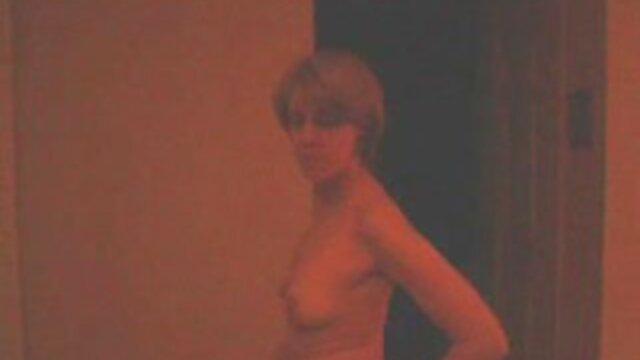 الإباحية بدون تسجيل  ناضجة شقراء مارس الجنس من افلاماجنبيةسكسي قبل شاب