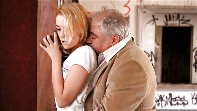 الإباحية بدون تسجيل  قرنية الأمريكية الرجيج قبالة على الكاميرا أفلام أجنبية سكسي