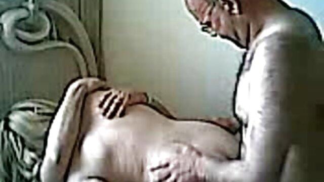 الإباحية بدون تسجيل  الهواة اغنيه اجنبيه سكس المجموعات ثلاثية في الفناء الخلفي